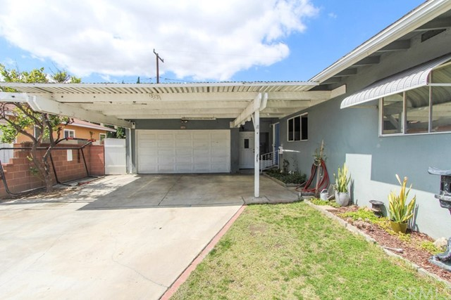 1523 E Willow St, Anaheim, CA 92805 Photo 2