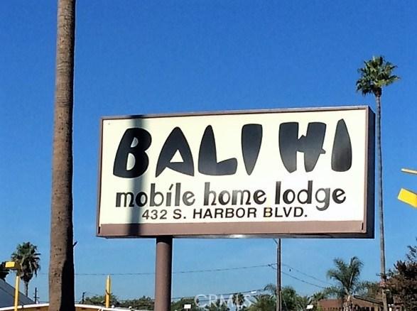 432 S Harbor Boulevard, Santa Ana CA: http://media.crmls.org/medias/9df3538a-c23f-4848-ad2e-66fd4efb1209.jpg