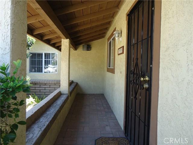 1595 Fullerton Drive, San Bernardino CA: http://media.crmls.org/medias/9e1453b6-272d-48ac-816d-a27e22196bf3.jpg