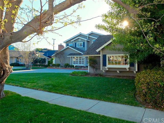 Single Family Home for Sale at 11731 Norgrove St Rossmoor, California 90720 United States
