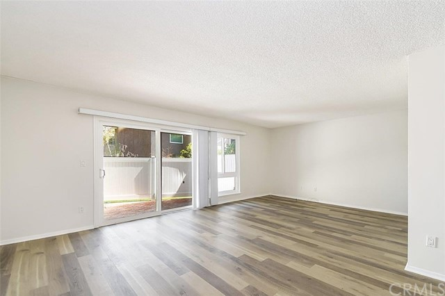 3030 Merrill Drive, Torrance, California 90503, 2 Bedrooms Bedrooms, ,1 BathroomBathrooms,Condominium,For Sale,Merrill,PV20064784