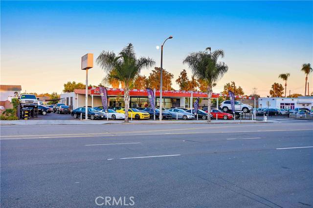 Single Family for Sale at 2327 Main Street S Santa Ana, California 92707 United States