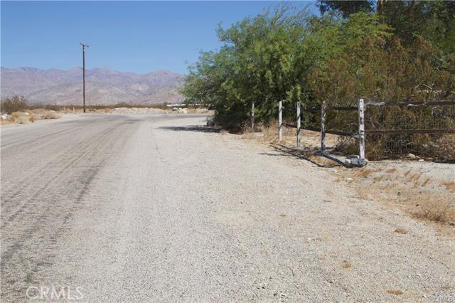 5 Kay Road, Desert Hot Springs CA: http://media.crmls.org/medias/9e1fd6a9-f380-47ea-94de-452ab3e64dd7.jpg