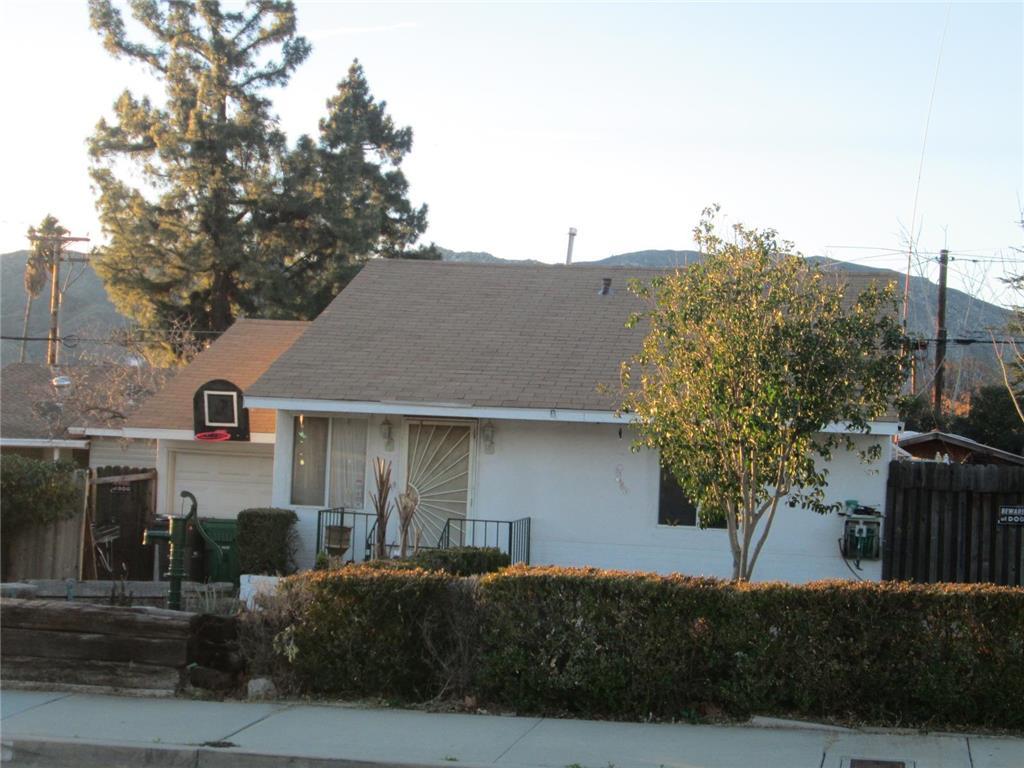 842 West Williams Street Banning CA  92220