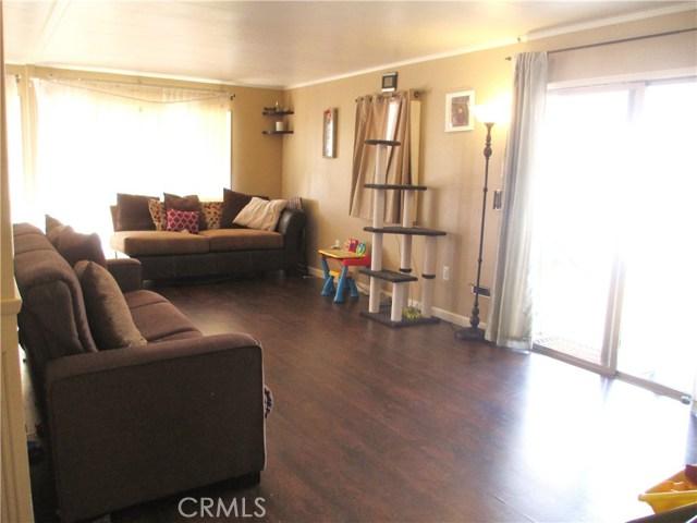 1630 barranca Avenue, Glendora CA: http://media.crmls.org/medias/9e2f7cb2-3d67-4e9c-8229-2b34dc1e6afd.jpg