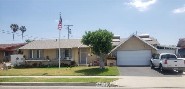 945 N Althea Avenue, Rialto CA: http://media.crmls.org/medias/9e30176c-0055-4e29-b722-e532841d646b.jpg