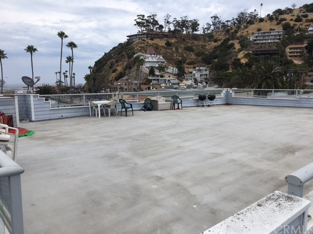 Commercial for Sale at 117 Clarissa Avenue 117 Clarissa Avenue Avalon, California 90704 United States