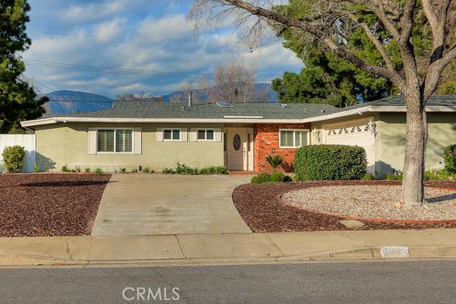1131 Hillsdale Drive Claremont CA  91711