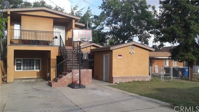 Single Family for Sale at 1407 Mount Vernon Ave Bakersfield, California 93306 United States