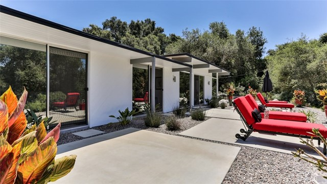 Photo of 2096 Gird Road, Fallbrook, CA 92028