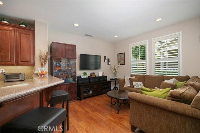 44 Nantucket Lane, Aliso Viejo CA: http://media.crmls.org/medias/9e6b60a9-3019-4bfd-a9db-2b121f7323ff.jpg