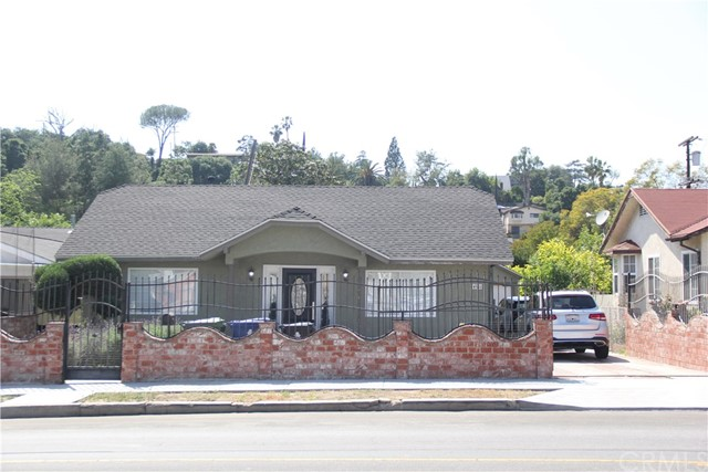 Single Family Home for Sale at 4911 Townsend Avenue Eagle Rock, California 90041 United States