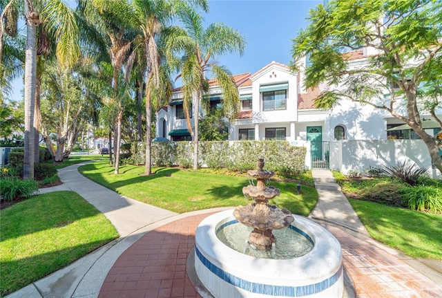 7492  Seabluff Drive, Huntington Beach, California