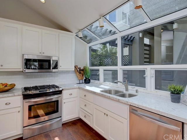Photo of 2910 3rd Avenue, Corona del Mar, CA 92625