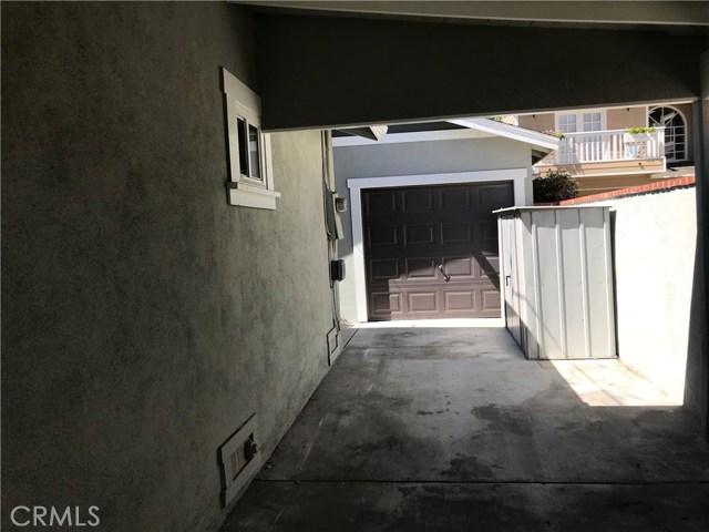253 Newport Avenue, Long Beach CA: http://media.crmls.org/medias/9e7bd5fc-c50a-4fee-b00a-b1a2712dd381.jpg