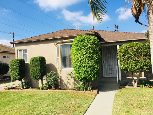 8991 Bowman Avenue, South Gate CA: http://media.crmls.org/medias/9e87d5a1-c836-4ecf-a796-5cc1324a4a60.jpg