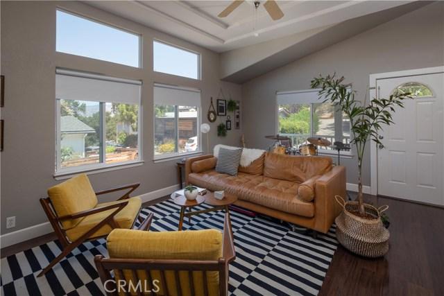 614 Rancho Oaks Drive, San Luis Obispo CA: http://media.crmls.org/medias/9e8b1ec7-b140-4c9f-a60e-fec5087c2f5f.jpg