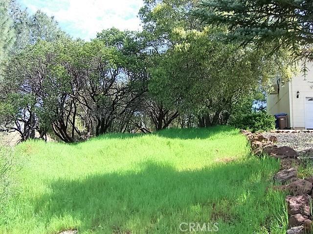 18605 Pine Flat Court, Hidden Valley Lake CA: http://media.crmls.org/medias/9e8c3295-ab2c-4196-9ea2-0923cb685455.jpg