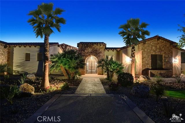 15 Villaggio Place, Rancho Mirage CA: http://media.crmls.org/medias/9e9a7988-bb0f-4c1f-8c9b-174c8497591a.jpg