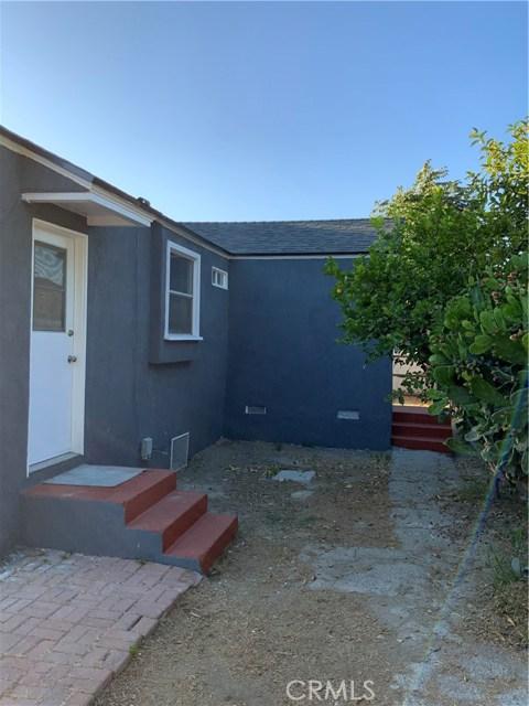 440 E 121st Street, Los Angeles CA: http://media.crmls.org/medias/9e9ffb3e-ecfe-4878-94df-cc8055a2eb06.jpg