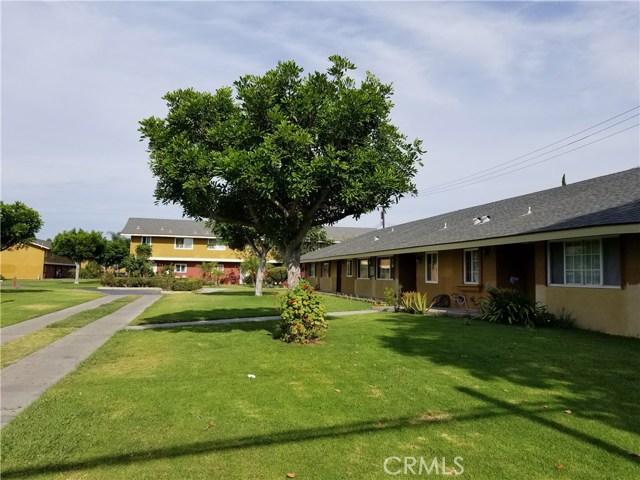 624 S Sullivan Street, Santa Ana CA: http://media.crmls.org/medias/9eaa50f4-ccc8-4e3d-9544-e0c49155b2ca.jpg