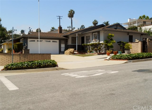 Photo of 28707 N Enrose Avenue, Rancho Palos Verdes, CA 90275