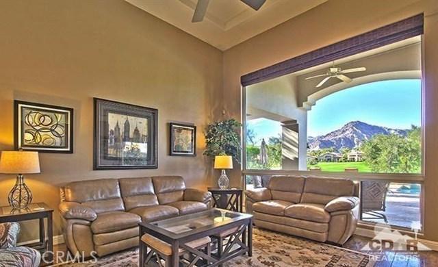 Photo of home for sale at 78758 Via Carmel, La Quinta CA