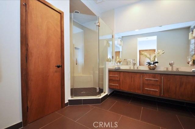 904 Via Nogales, Palos Verdes Estates CA: http://media.crmls.org/medias/9ec6f300-a787-4097-8128-df85ca128303.jpg