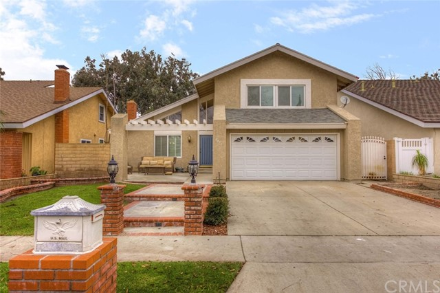 6073 E CAMINO MANZANO Anaheim Hills, CA 92807 is listed for sale as MLS Listing PW17029708