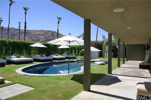 Single Family Home for Sale at 2408 S Yosemite Drive 2408 S Yosemite Drive Palm Springs, California 92264 United States