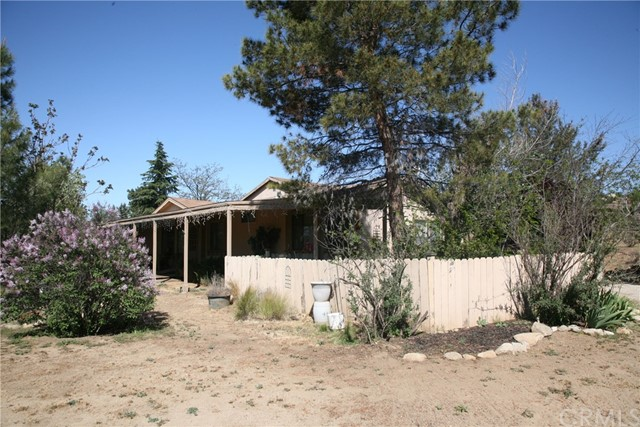 40725 Brook Trails Way, Aguanga CA: http://media.crmls.org/medias/9ef252b6-e292-47b7-b1b8-01d7e2f45190.jpg