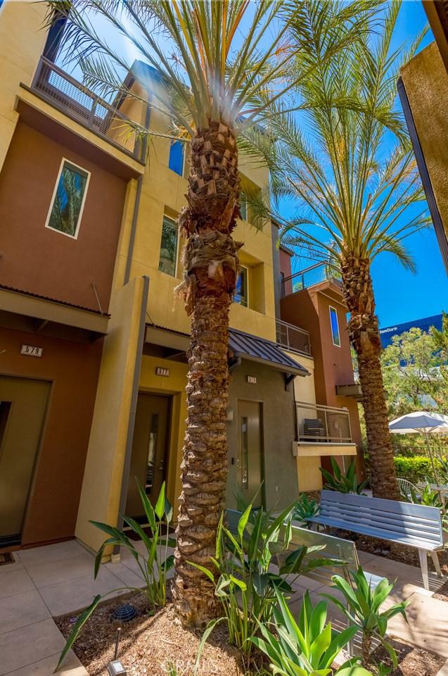 577 Rockefeller Irvine, CA 92612 - MLS #: NP18187993