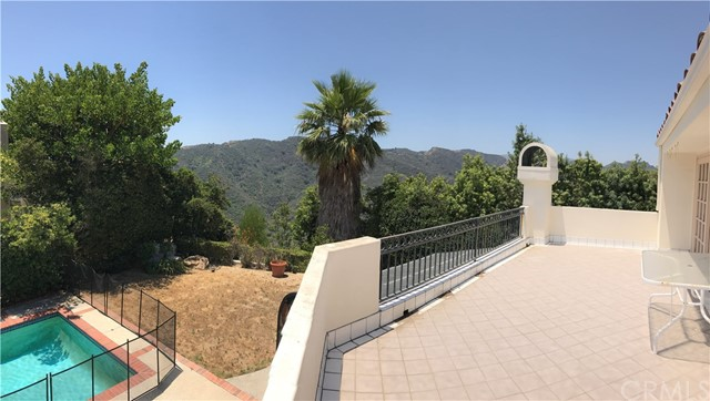 16720 Monte Hermoso Dr Pacific Palisades, CA 90272 - MLS #: RS17210449