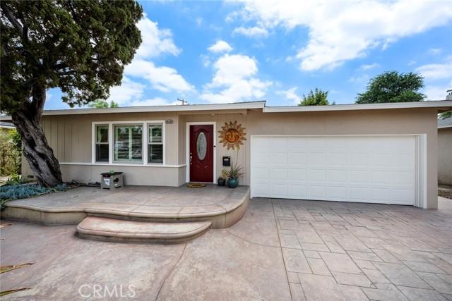1004 Nutwood Avenue, Fullerton CA: http://media.crmls.org/medias/9f1c980e-7a33-4ce2-9c2e-cc31d0b21f1c.jpg