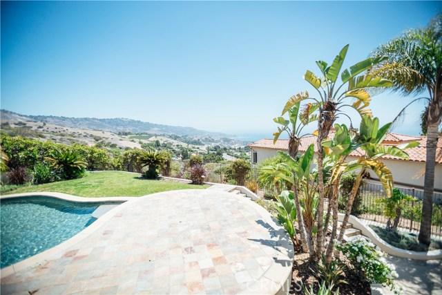 3 Nuvola Court, Rancho Palos Verdes CA: http://media.crmls.org/medias/9f1dbeb3-5edc-409a-b9fb-0e58c0263dec.jpg