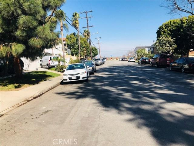 2277 Pacific Avenue, Costa Mesa CA: http://media.crmls.org/medias/9f22807c-cd3d-48e4-aa5d-af966735dc94.jpg