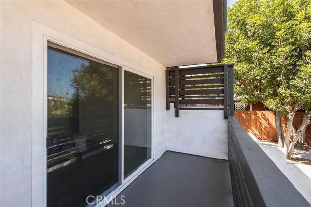 229 W El Portal, San Clemente CA: http://media.crmls.org/medias/9f2d2b45-42fd-48f0-8f8b-a0d8755f6c28.jpg