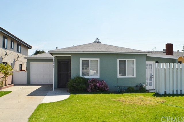 Single Family Home for Rent at 10842 Oak Street Los Alamitos, California 90720 United States