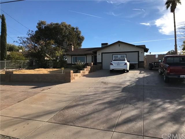 Charming 2 bedroom, 2 bath home. Living room, separate dining area, kitchen has upgraded counter tops & backsplash. Interior recently painted, new plush carpeting throughout, ceramic tile flooring, backyard has covered patio. New A/C unit & New windows installed throughout.