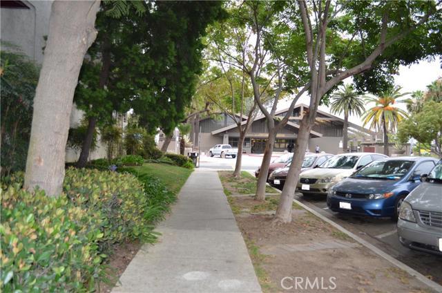 730 W 4th Street, Long Beach CA: http://media.crmls.org/medias/9f388c3c-7aae-4123-952a-e614e784037f.jpg