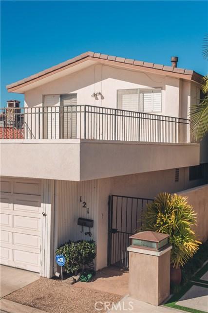 121 Via Undine, Newport Beach CA: http://media.crmls.org/medias/9f3b3a9b-c5f8-4169-9a99-9e0250044620.jpg