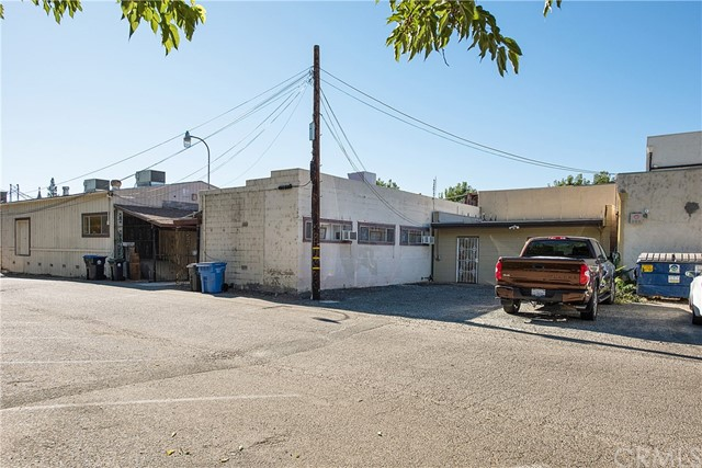 3970 Main Street, Kelseyville CA: http://media.crmls.org/medias/9f3f1b1b-e895-40f0-a5c1-e6c81e5cc8a5.jpg