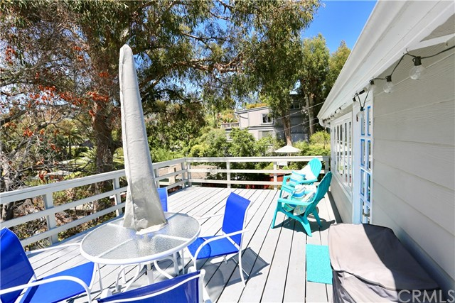 460 Saint Anns Drive, Laguna Beach CA: http://media.crmls.org/medias/9f4e1976-fd51-4b37-860f-4ea34364738d.jpg