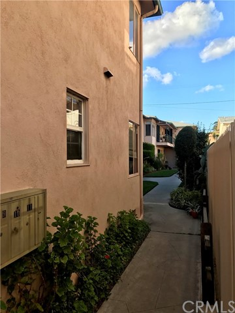 1739 E Appleton St, Long Beach, CA 90802 Photo 10