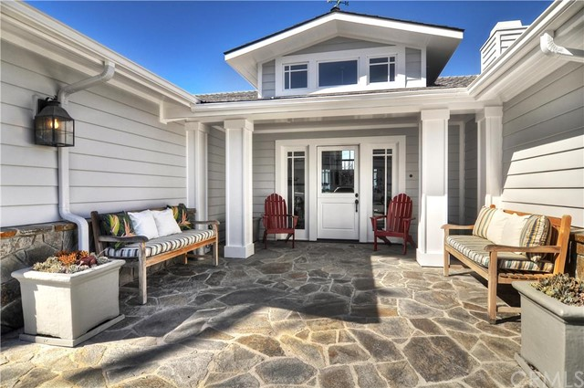 Single Family Home for Sale at 2001 Kings St Newport Beach, California 92663 United States