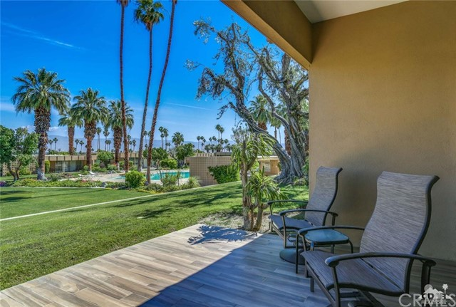 72813 Willow Street, Palm Desert CA: http://media.crmls.org/medias/9f6609a2-20fb-4978-aa63-b2382a9cdc48.jpg