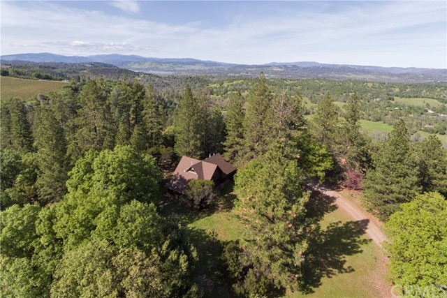 12220 Perini Road, Lower Lake CA: http://media.crmls.org/medias/9f6c0bf1-157e-4ff9-a7dc-5ca7faf24366.jpg