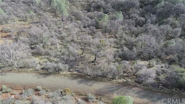 59 Paddy Hill Road, Mariposa CA: http://media.crmls.org/medias/9f77b3de-e9ce-400d-85a6-7c1b42dce16c.jpg