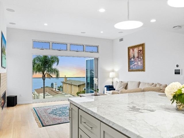 Photo of 908 Quivera Street, Laguna Beach, CA 92651