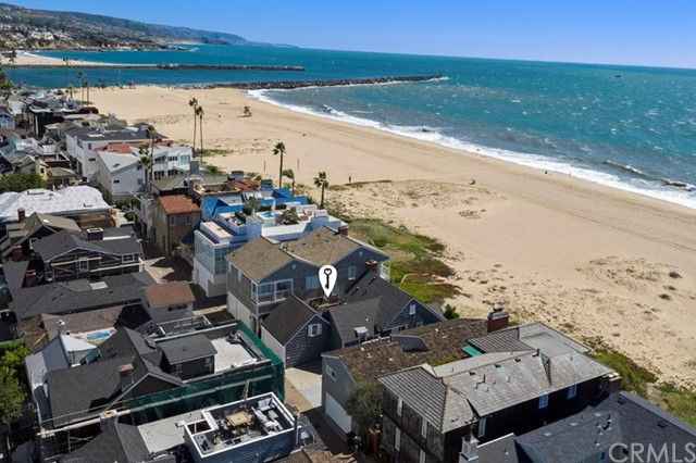 Single Family Home for Sale at 2038 Oceanfront E Newport Beach, California 92661 United States
